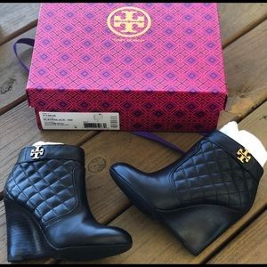 SEEKING Tory Burch Laila Quilted Booties Black 5